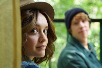 "Olivia Cooke as ""Rachel"" and Thomas Mann as ""Greg"" in a scene from the motion picture ""Me and Earl and the Dying Girl."" CREDIT:   Anne Marie Fox, Fox Searchlight Pictures"
