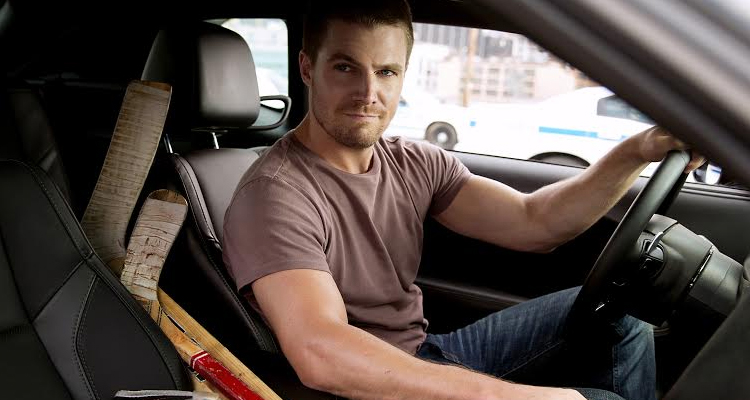 Stephen Amell Arrow TMNT Ninja Turtles
