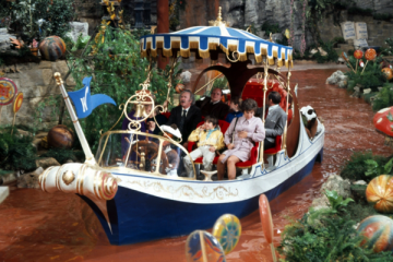 Wonka-Boat